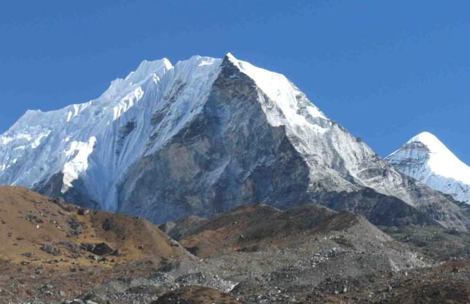 Island Peak or Imja Tse